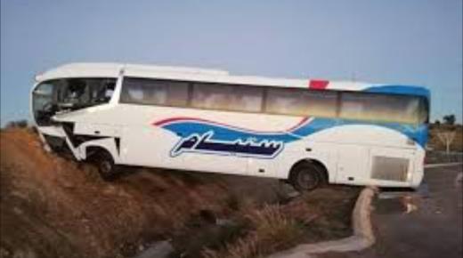 """قتيلين في حادث اصطدام حافلة """" ساتيام """" بشاحنة في بطانطان"""