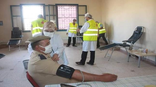 """"""" المخازنية """" في حملة للتبرع بالدم بإقليم طاطا"""
