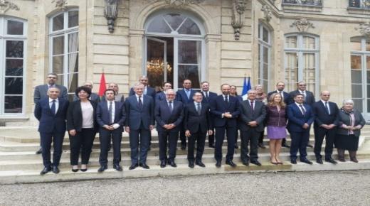 تشغيل الشباب وحماية البالغين والشراكة مع الجامعات..المغرب يوقع اتفاقيات جديدة مع فرنسا