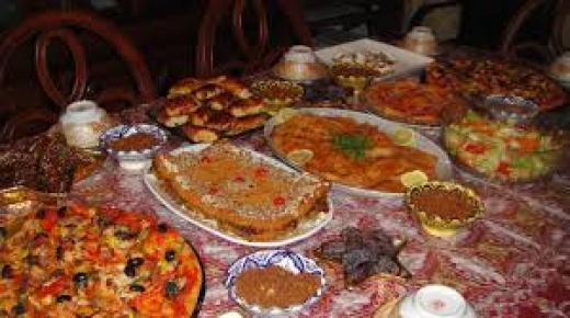 الحجر الصحي .. تغييرات جذرية في العادات الغذائية للأسر المغربية