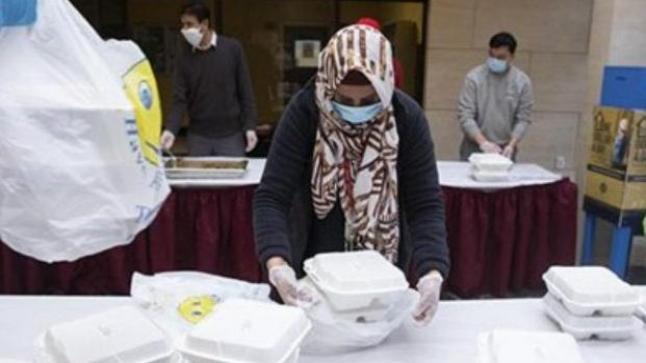 سفارة المغرب في الأرجنتين تقدم مساعدات غذائية لفائدة الساكنة المعوزة في بوينوس آيريس