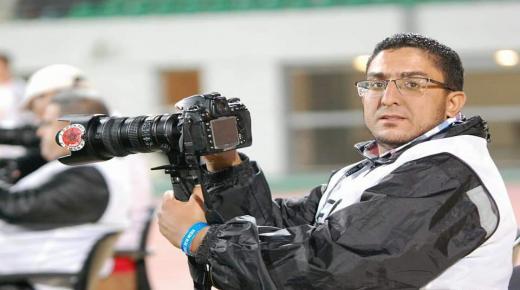 محمد الأشعري يمثل الصحفيين المغاربة في نهائي الاتحاد الأوروبي