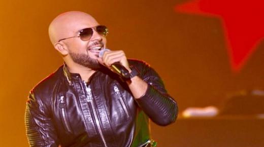 """الدوزي أول فنان مغربي يفوز بدرع التميز في حفل جوائز مهرجانات بيروت الدولية """"بياف"""""""