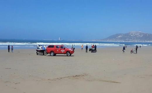 جثة مجهولة الهوية تستنفر الأجهزة الأمنية بشاطئ أكادير