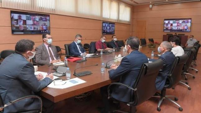 """الوزير """" أمزازي"""" يجمع مدراء الأكاديميات في اجتماع طارئ"""