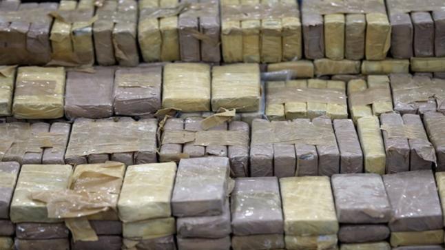 حجز 940 كلغ من مخدر الشيرا وتوقيف شخصين بمدينة الجديدة
