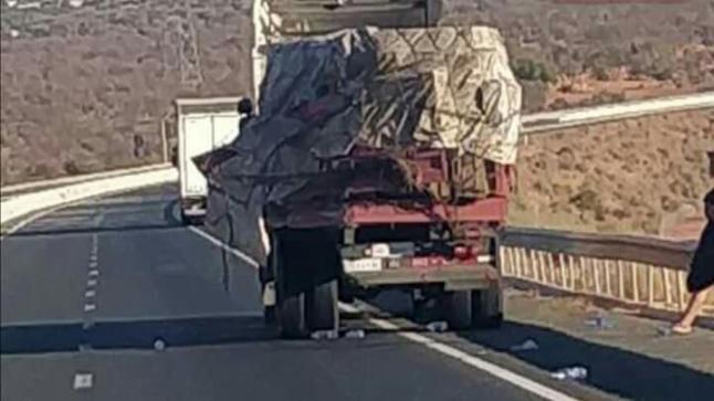منحدر أمسكرود يقتل سائق شاحنة في حادثة سير خطيرة