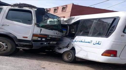 عاجل.. مصرع سائق حافلة لنقل المستخدمين في حادثة سير خطيرة بأولاد تايمة