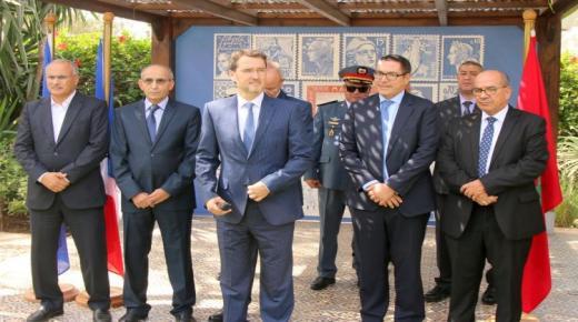 بالصور : دقيقة صمت في القنصلية العامة الفرنسية بأكادير حدادا على وفاة جاك شيراك