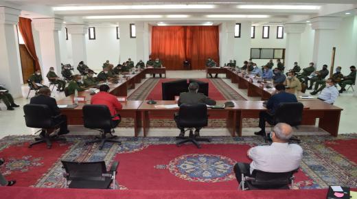 السلطة الإقليمية بتارودانت تعقد اجتماعاً موسعاً لتطبيق قانون إلزامية ارتداء الكِمامة