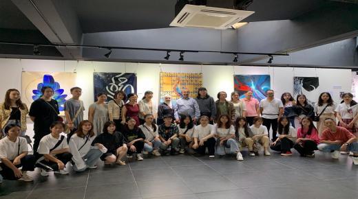 الفنانة التشكيلية سعاد الراشدي تُعرّف بالمدن المغربية التاريخية والثقافية في الصين