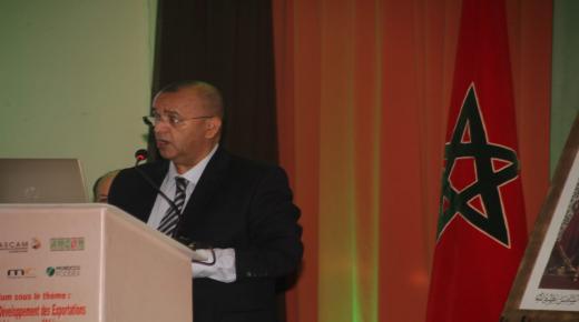 عامل عمالة إنزكان أيت ملول يفتتح ندوة حول أدوات تنمية ورفع صادرات الفواكه والخضر نحو افريقيا