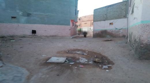 تمسية.. شوارع ملوثة و مواطن متذمر و المجلس في دار غفلون