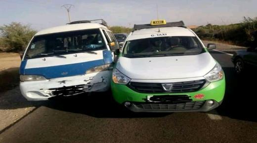 """""""الحرب"""" تندلع بين سيارات الأجرة الكبيرة والنقل المزدوج بأولاد تايمة"""