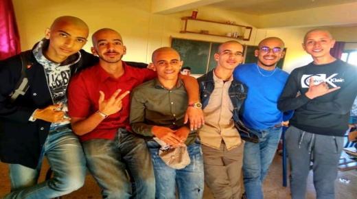 تلاميذ بثانوية الحسن الثاني بأولاد تايمة يحلقون شعرهم تضامنا مع مرضى السرطان