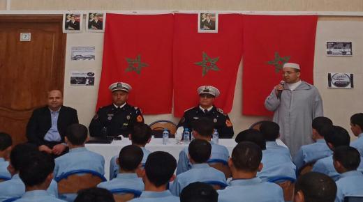 """"""" النظم المرورية """" موضوع لقاء توعوي لطلبة مدرسة """" الجزولي """" في ببيوكرى"""