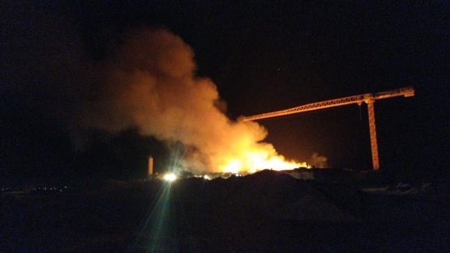 نشوب حريق بمحطة تحلية مياه البحر في تفنيت