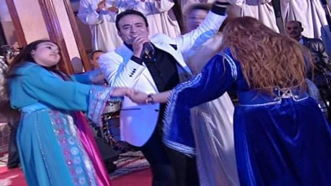 مداهمة حفل زفاف من تنشيط طهور وتغريم المدعويين بسبب خرق حالة الطوارئ.