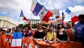 قانون الشهادة الصحية بفرنسا : نقابة الأطباء تحذر المجلس الدستوري