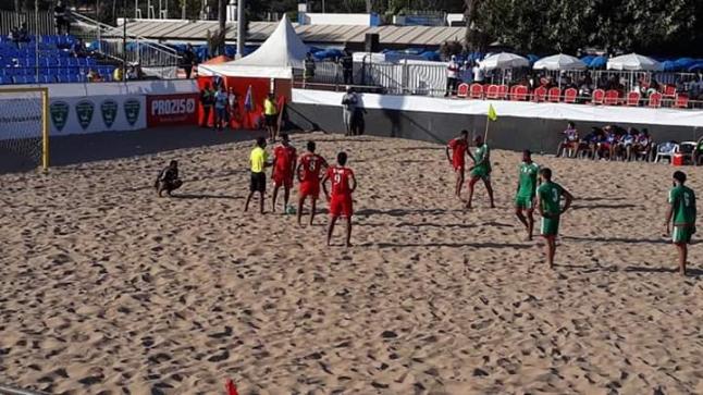 المغرب و الجزائر يندحرون في اولى مبارياتهم بالدوري الدولي الشاطئي بأكادير