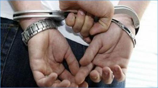 مطار مراكش: توقيف مواطن فرنسي تنفيذا لأمر دولي بإلقاء القبض في قضية تتعلق بالنصب والاحتيال