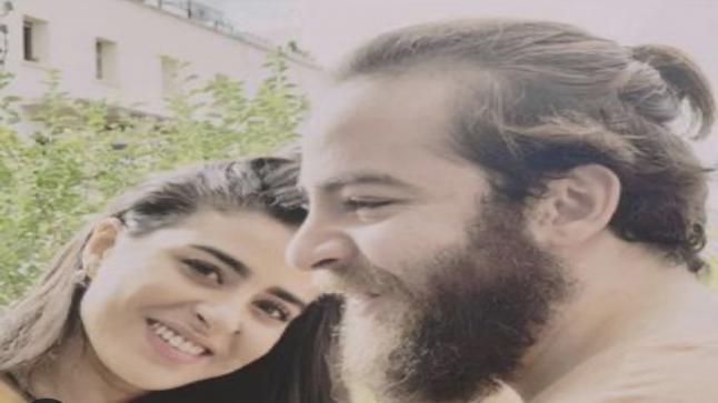 """الممثلة """"ساندية تاج الدين"""" تكشف سبب انفصالها عن زوجها """"ناصر أقباب"""""""