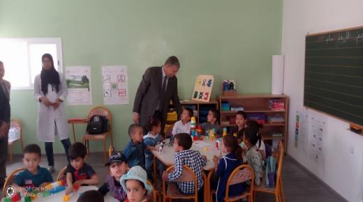 تارودانت : بالصور ، عامل الاقليم يزور وحدات للتعليم الاولي بعدة قرى