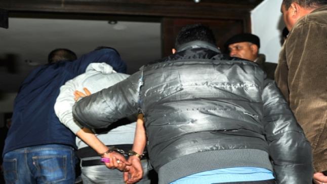 اعتقال شخصين بعد مداهمة إحدى المنازل المهجورة بحي بورحيلة أولاد تايمة