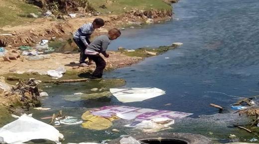 مياه عادمة تنذر بمهزلة بيئية في أيت ملول