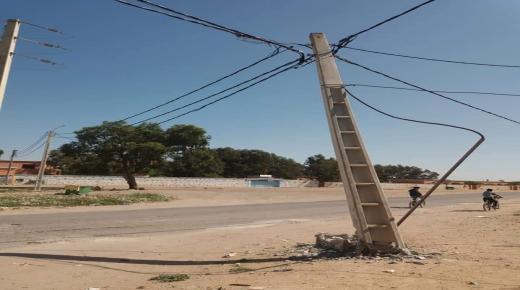 عمود كهربائي يهدد سلامة التلاميذ في سيدي بيبي