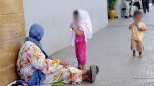 """الحملات الأمنية بأكادير تشمل هذه المرة المتسولين بالاطفال وتخضعهم لتحاليل """"ADN""""لاثباث نوع القرابة بهم"""