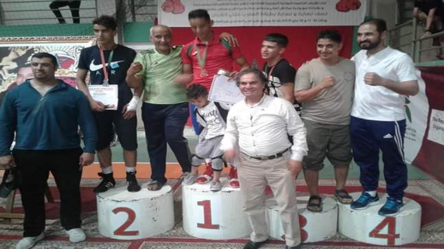 زهير خيراوي يحرز لقب البطولة الوطنية للملاكمة