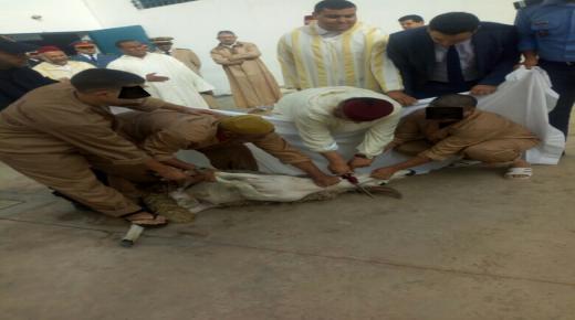 عامل إنزكان يخرج عن المألوف يؤدي صلاة العيد ويشارك مؤسسات اجتماعية فرحة المناسبة