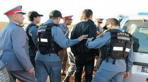 """إعتقال """" كوميسير """" ضمن عصابة للإتجار في البشر"""