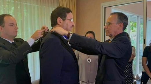 الرئيس البرازيلي يقلد عبد الصمد قيوح بوسام ريو برانكو