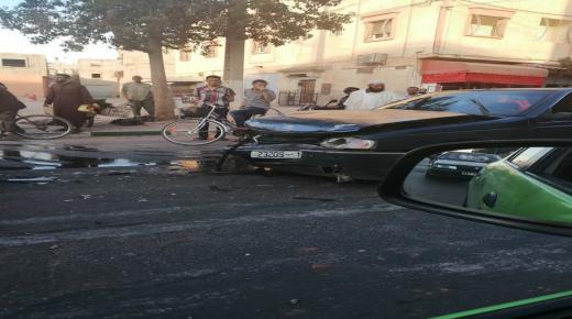 اصطدام بين ثلاثة سيارات بأولاد تايمة يخلف خسائر مادية جسيمة