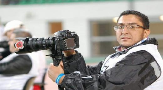 للمرة الثانية ؛ محمد الاشعري يمثل الجسم الصحفي في حدث كروي عالمي