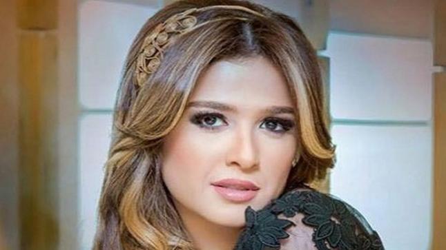 بسبب خطأ طبي…الفنانة المصرية ياسمين عبد العزيز في العناية المركزة