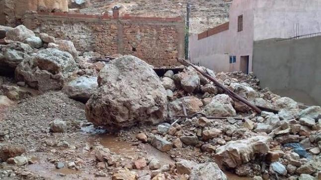 الفيضانات تضرب منطقة إمليل وتتسبب في خسائر مادية
