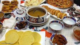 """العين تأكل قبل البطن.. """"نهم"""" رمضان يزيد الاستهلاك في المغرب"""