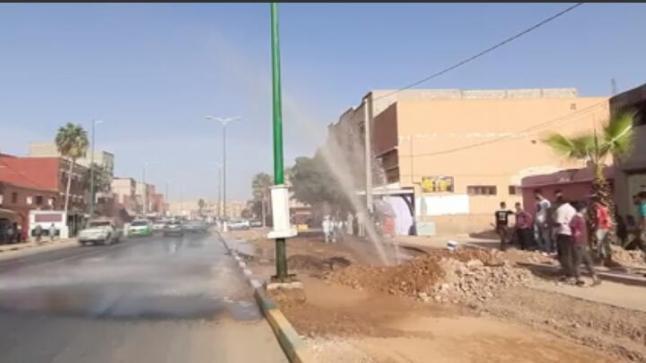 """إنفجار أنبوب """" ماء شروب """" يغضب مواطني آيت ملول"""