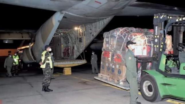 الملك محمد السادس يرسل مساعدات إنسانية إلى تونس
