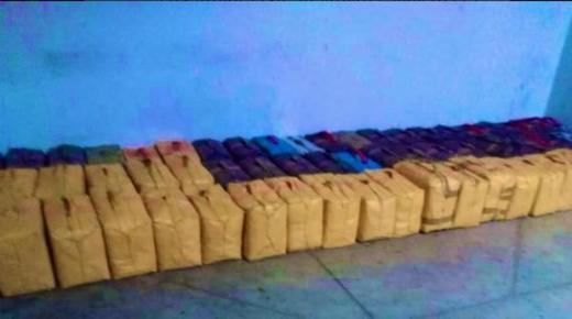 ميناء طنجة .. إحباط محاولة لتهريب شحنة قياسية من المخدرات وزنها 27 طنا و300 كلغ من مخدر الشيرا