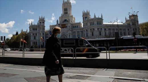 كورونا-اسبانيا:تطبيق حجر صحي كامل على برشلونة و اجبار الساكنة لزوم المنازل