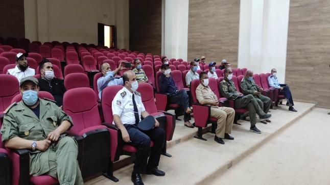 بتعليمات من عامل إقليم تارودانت لقاءات وحملات تحسيسية مكثفة ضد انتشار وباء كورونا