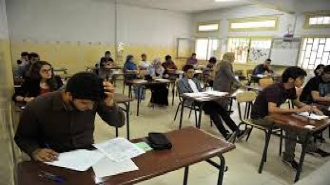 فتح أبحاث قضائية مع 49 مرشحا بعد ضبطهم متلبسين بالغش في امتحانات الجهوي