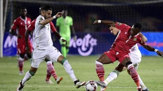 محرز يقود الجزائر لمواجهة السنيغال في النهائي