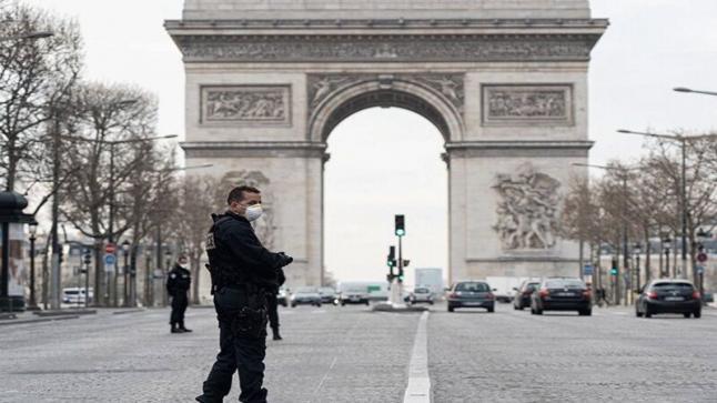 ماكرون يُعلن عن إغلاق المدارس وعودة الحجر الصحي الشامل في فرنسا انطلاقا من يوم السبت المقبل