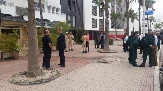 اكادير : السلطات المحلية تشن حملة واسعة لتحرير الملك العمومي