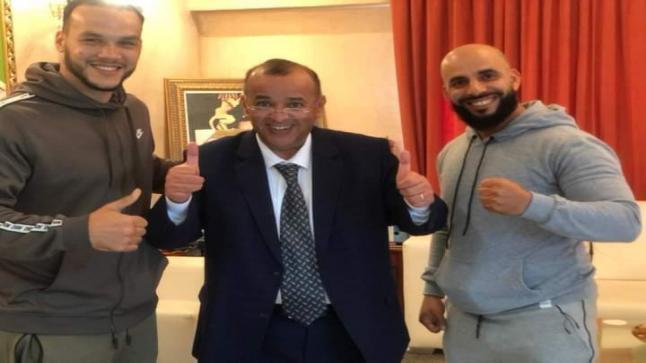 """"""" أبو الحقوق """" يحيط الأبطال بعنايته الخاصة في إنزكان"""